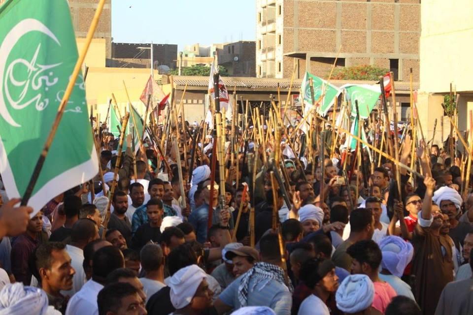 أهالي مدينة الاقصر وإسنا يخرجون في دورة رمضان بمواكب إحتفالية (7)