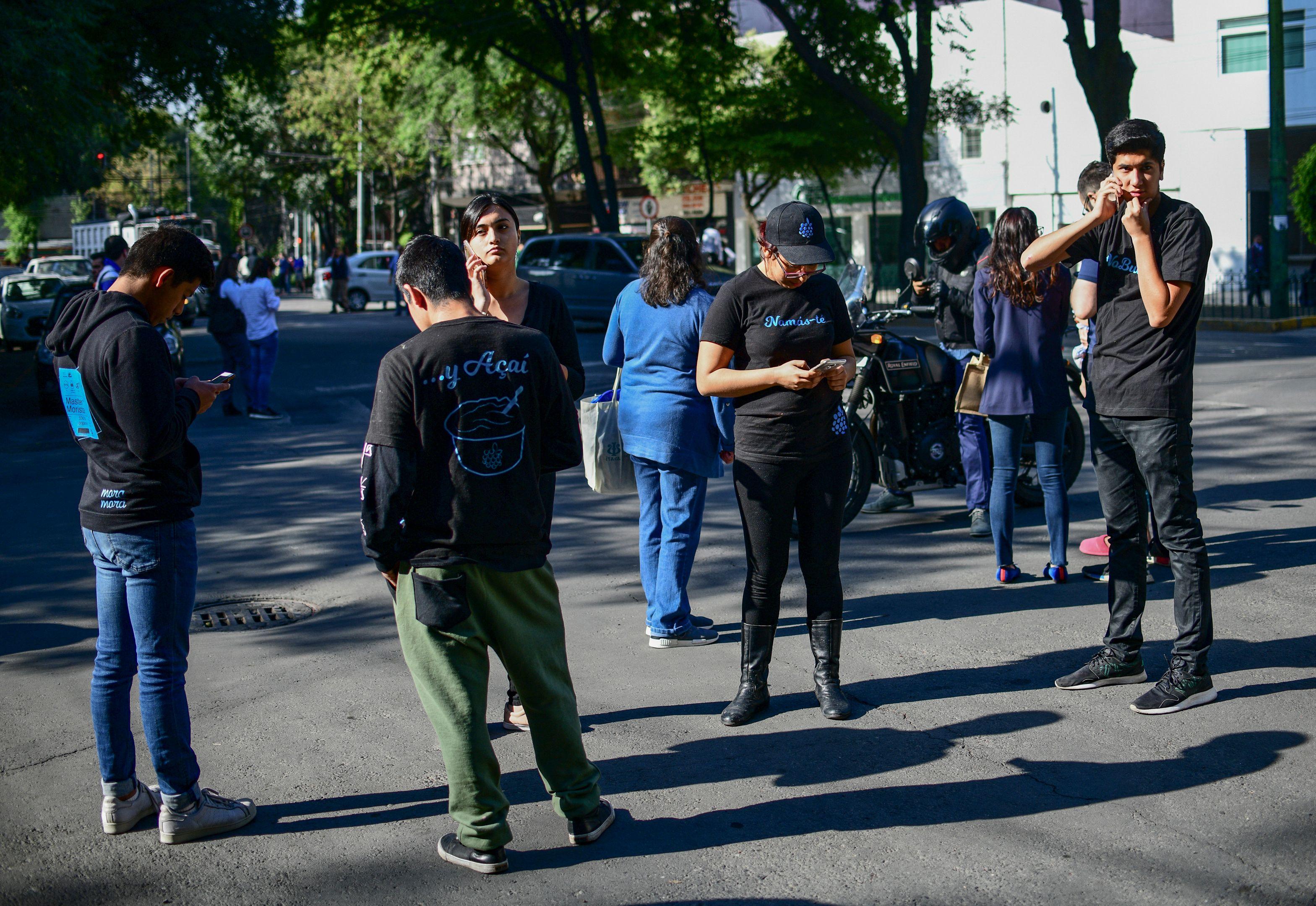 مواطنون فى الشوارع