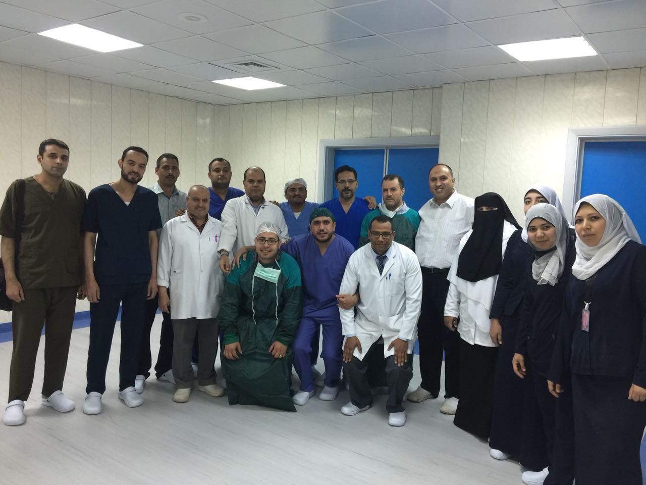 1- فريق قسم الجراحة بمركز كبد كفر الشيخ