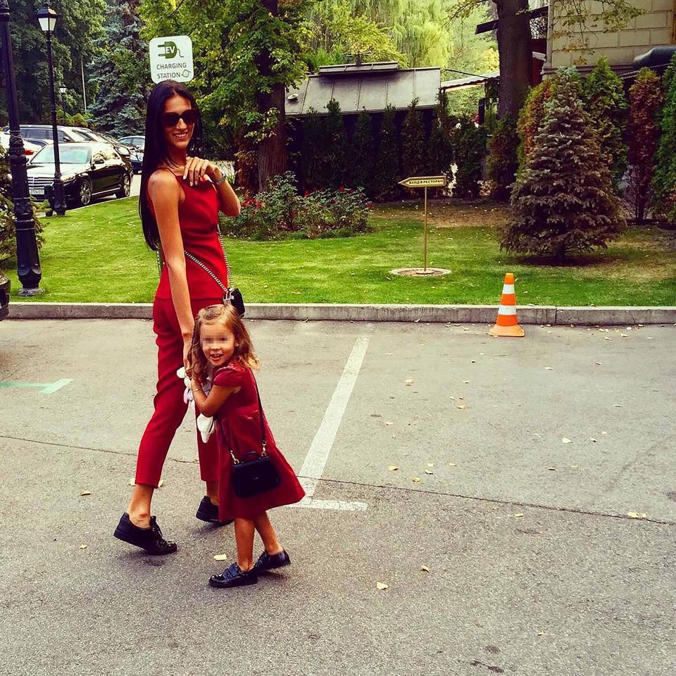 ليزا ووالدتها إيكاترينا