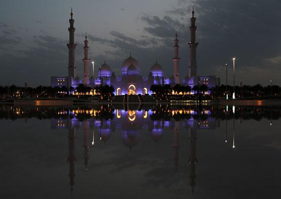 مسجد-الشيخ-زايد-ليلا