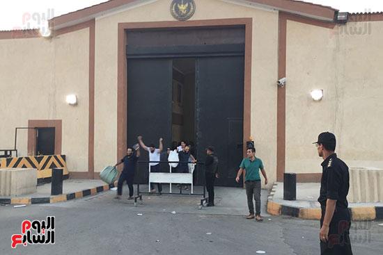 الداخلية تفرج عن 332 سجينا بموجب العفو الرئاسى (1)