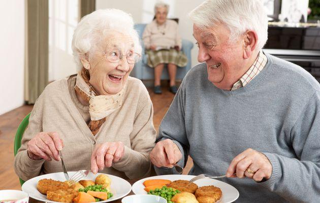 تغذية  كبار السن فى رمضان