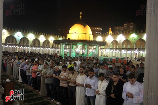 صلاة التراويح بجامع عمرو بن العاص (9)