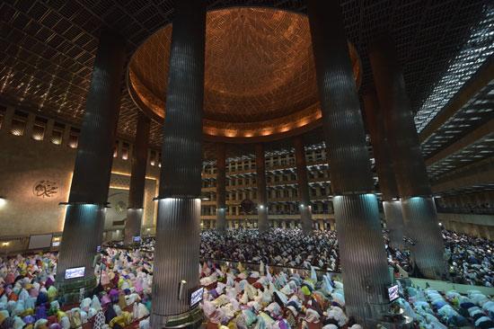 الصلاة-في-جاكرتا
