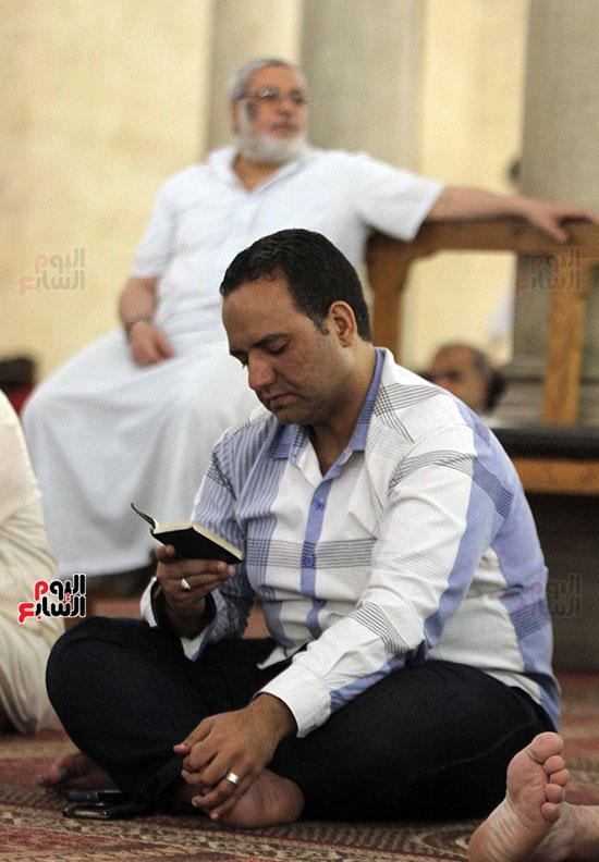 صلاة التراويح بجامع عمرو بن العاص (8)
