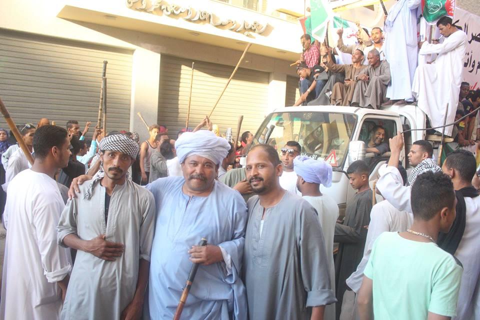 أهالي مدينة الاقصر وإسنا يخرجون في دورة رمضان بمواكب إحتفالية (2)