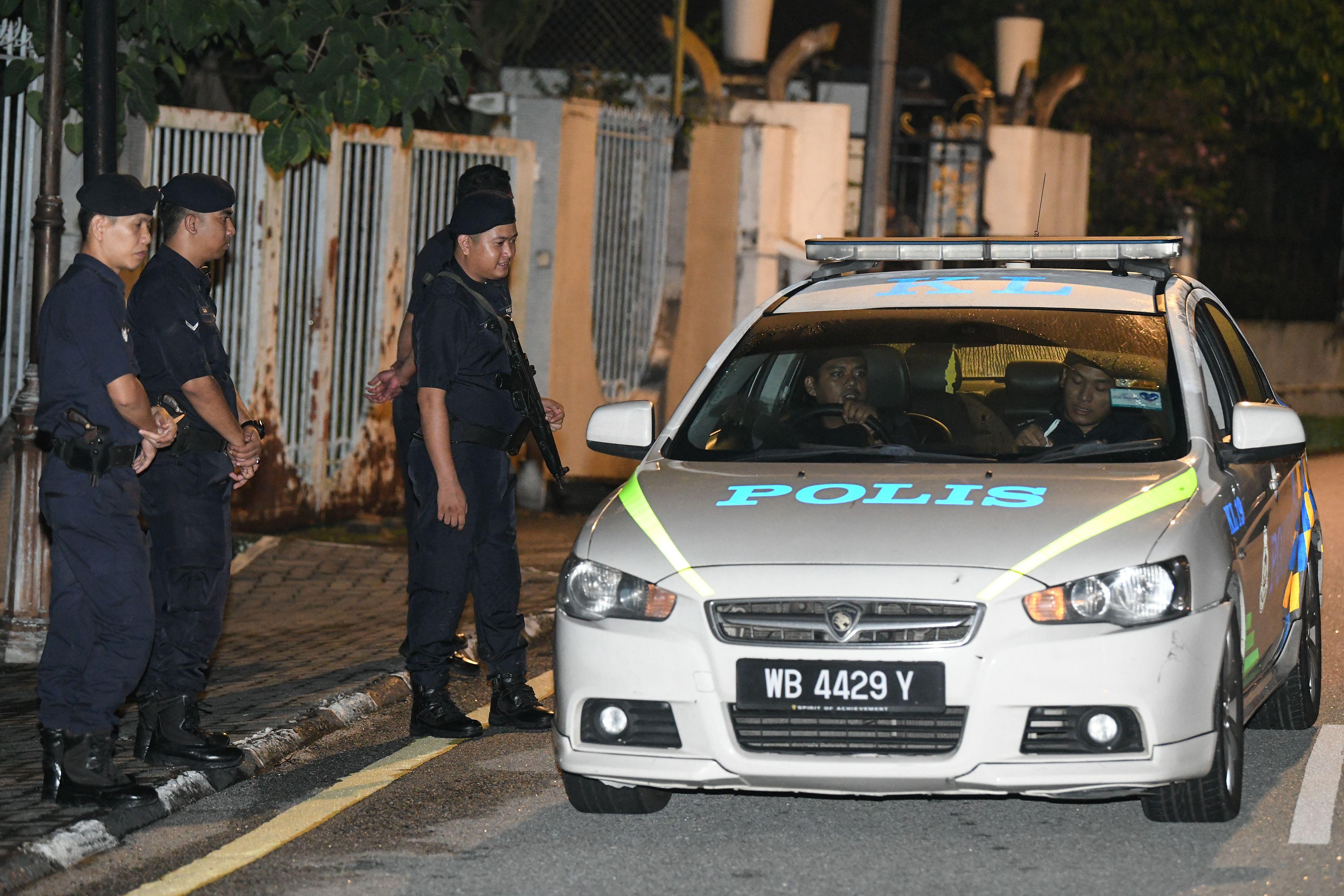 تعزيزات من الشرطة الماليزية