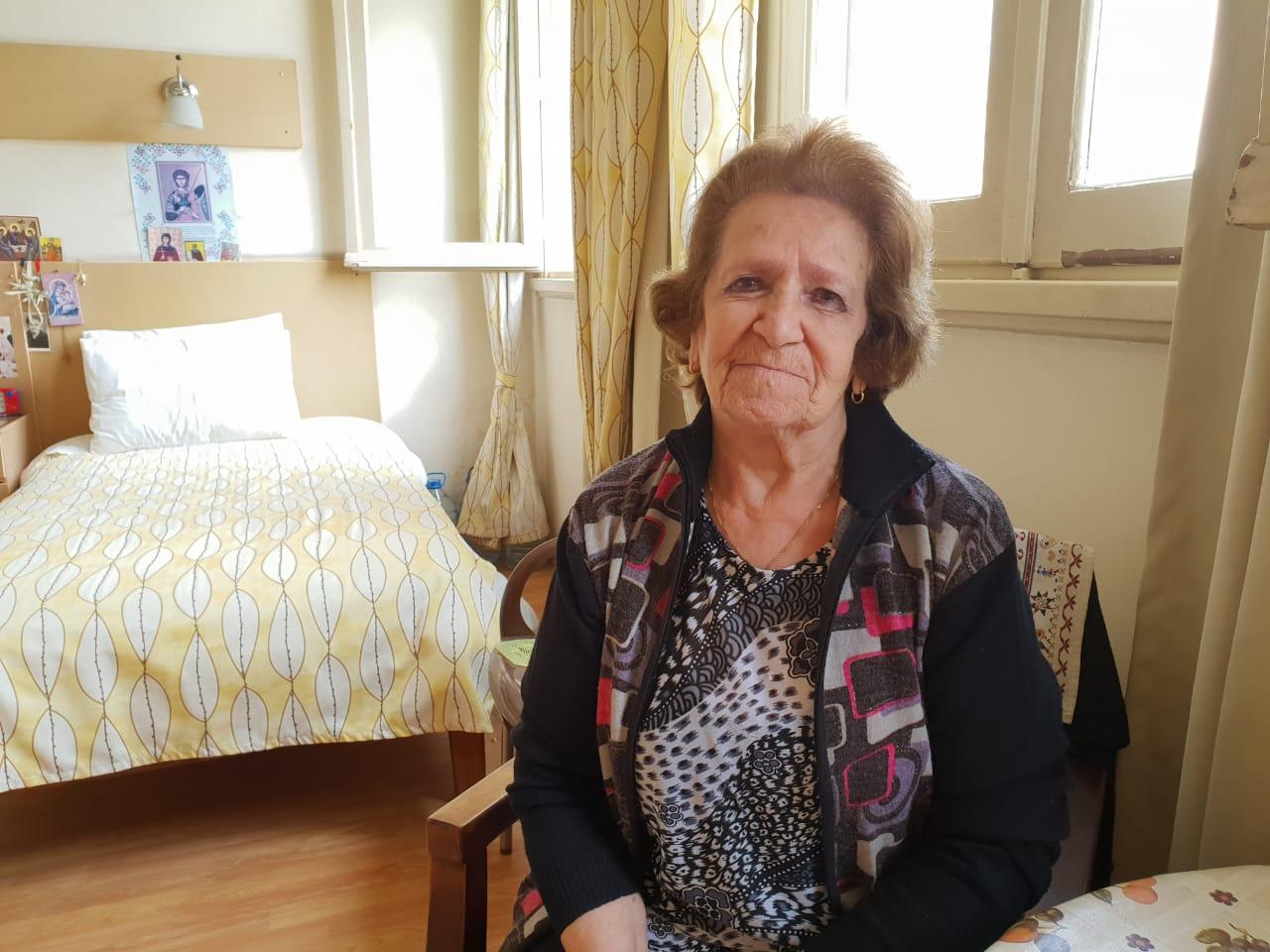 يوانا حبيب داخل دار المسنين (3)