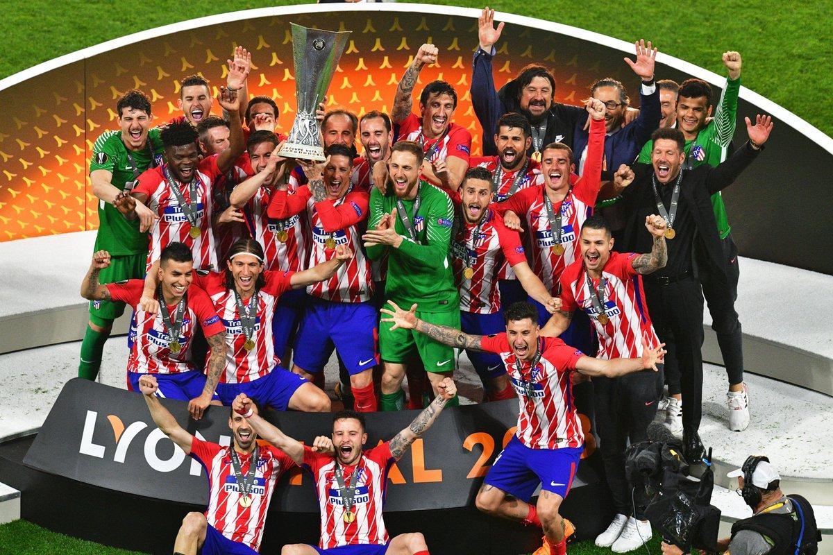 تتويج أتلتيكو مدريد بالدورى الأوروبى (1)