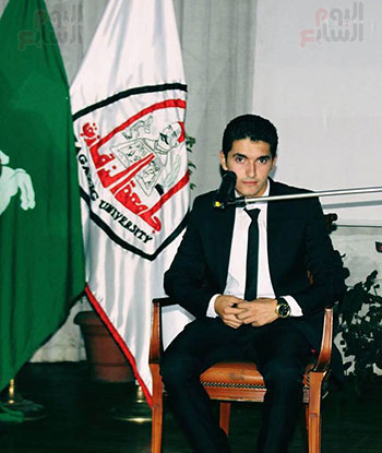 أحمد طارق القارئ الشاب