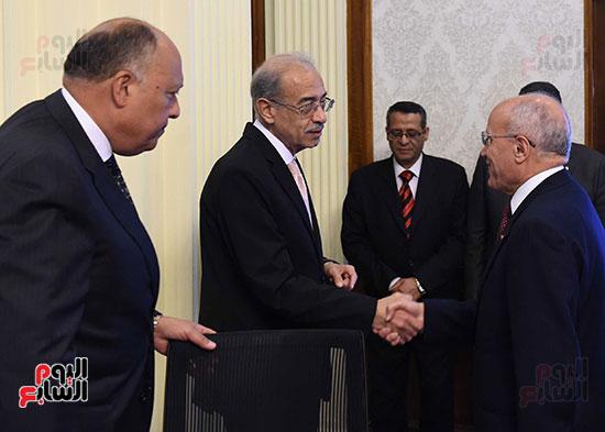 صور اجتماع مجلس الوزراء (4)
