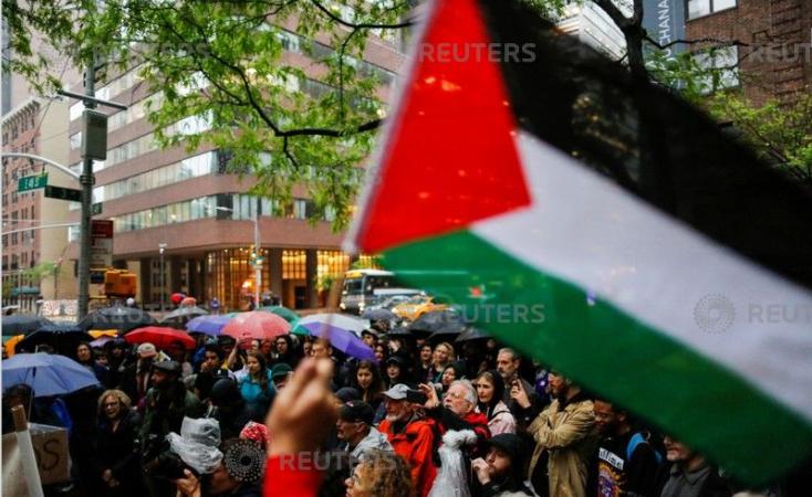 جانب من المظاهرات فى نيويورك