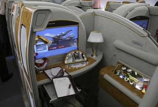 طائرة A380 (6)