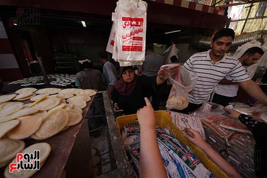 إقبال المصريين على الكنافة والقطايف (14)
