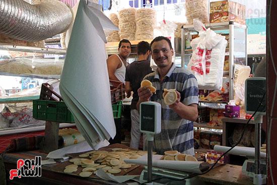 إقبال المصريين على الكنافة والقطايف (1)