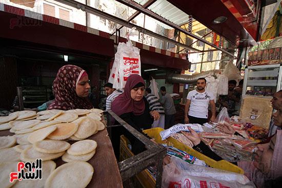 إقبال المصريين على الكنافة والقطايف (15)