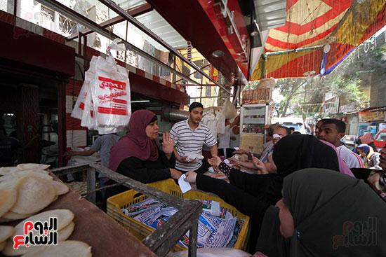 إقبال المصريين على الكنافة والقطايف (10)