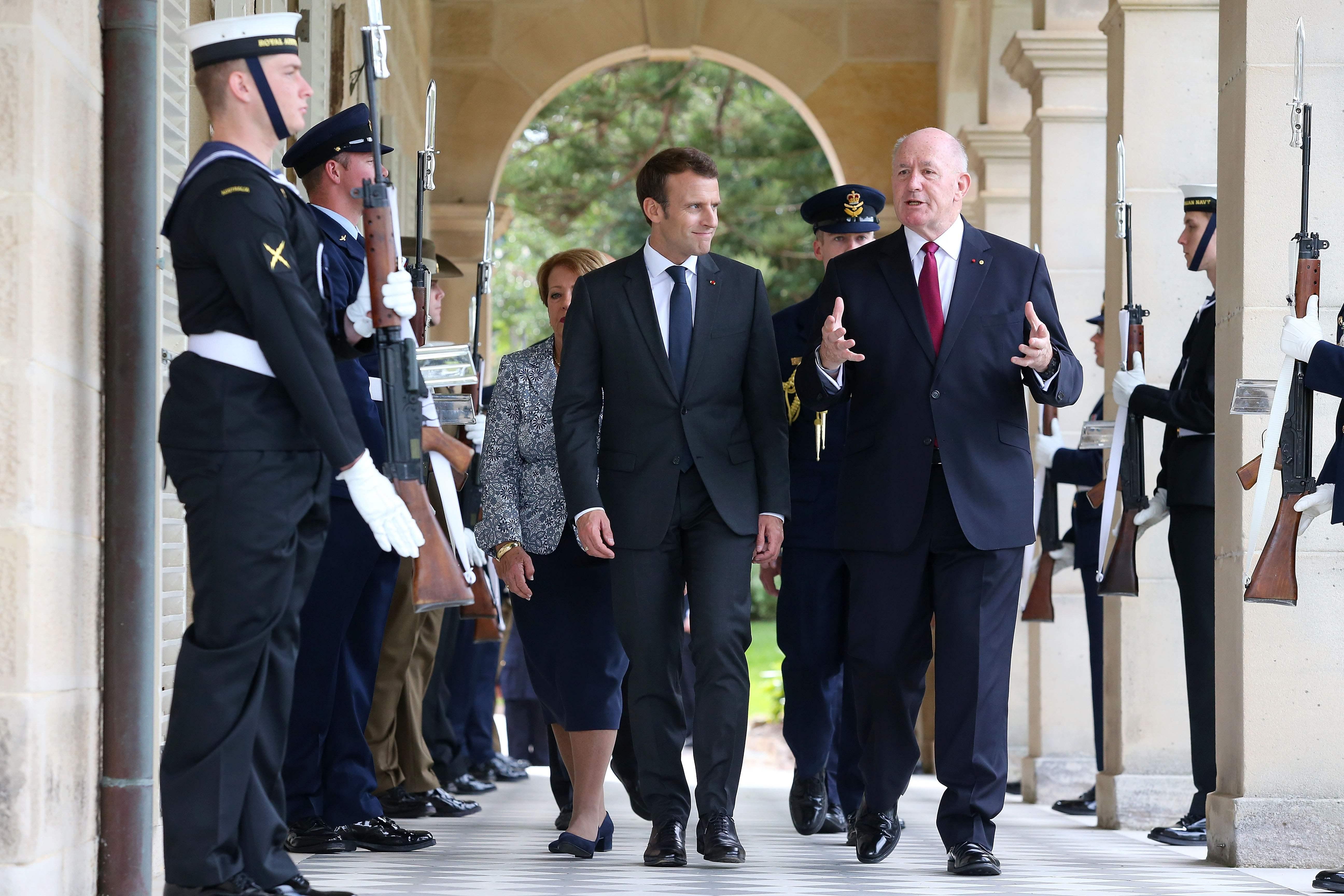 رئيس الوزراء الأستراليا وماكرون