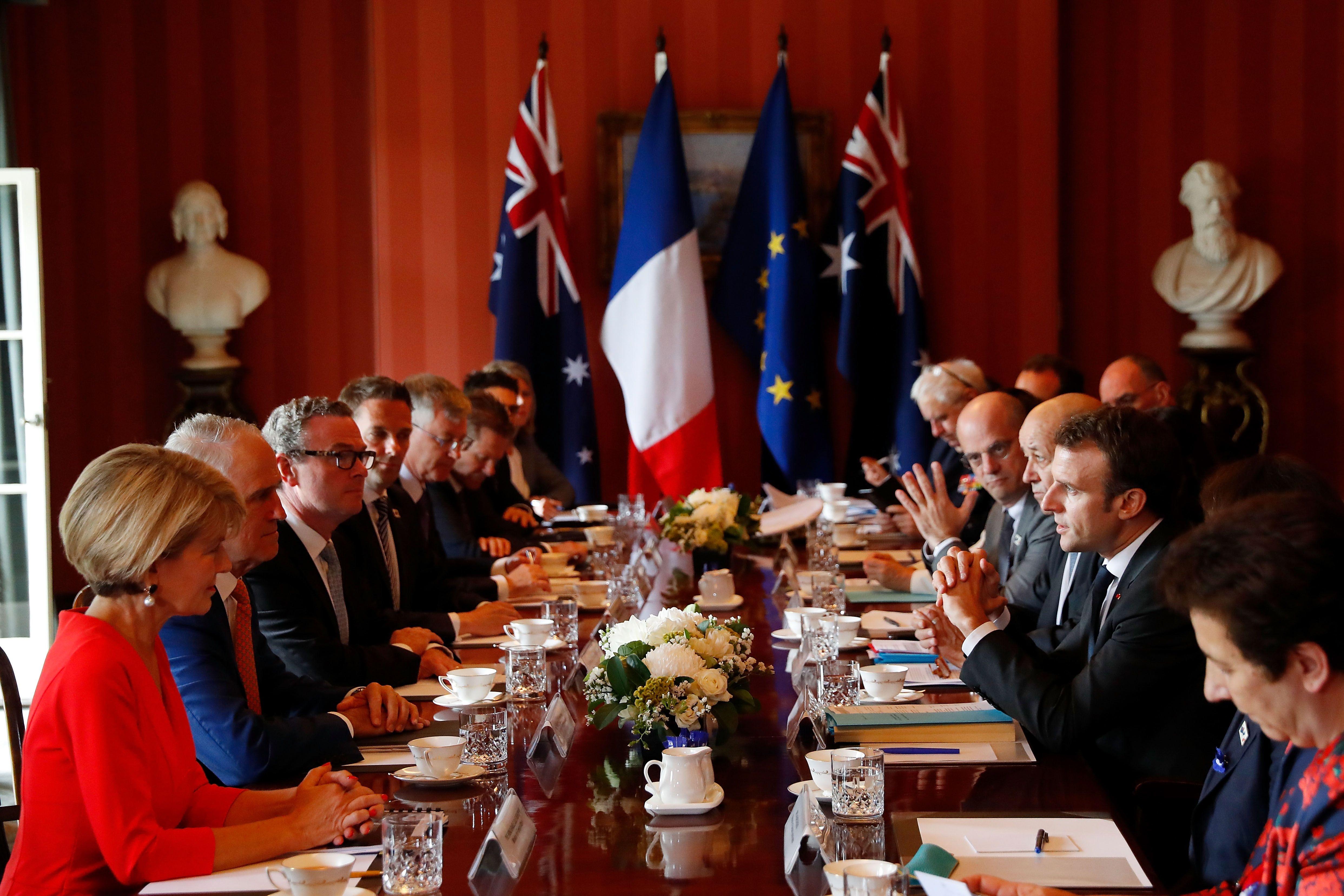 المباحثات الفرنسية الأسترالية