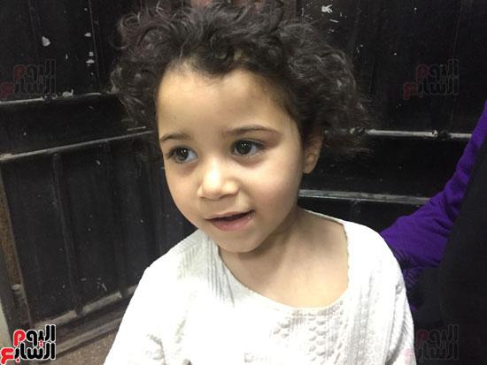 الطفله-سما-الشقيقه-الكبرى-للطفل-زياد