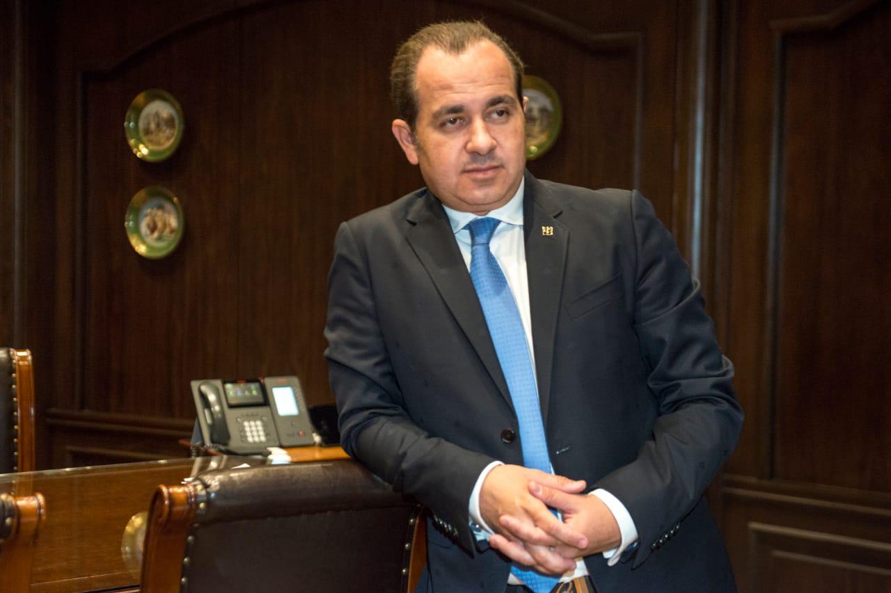 الدكتور محمد كرار رئيس مجلس إدارة مجوعة مكسيم للاستثمار (2)