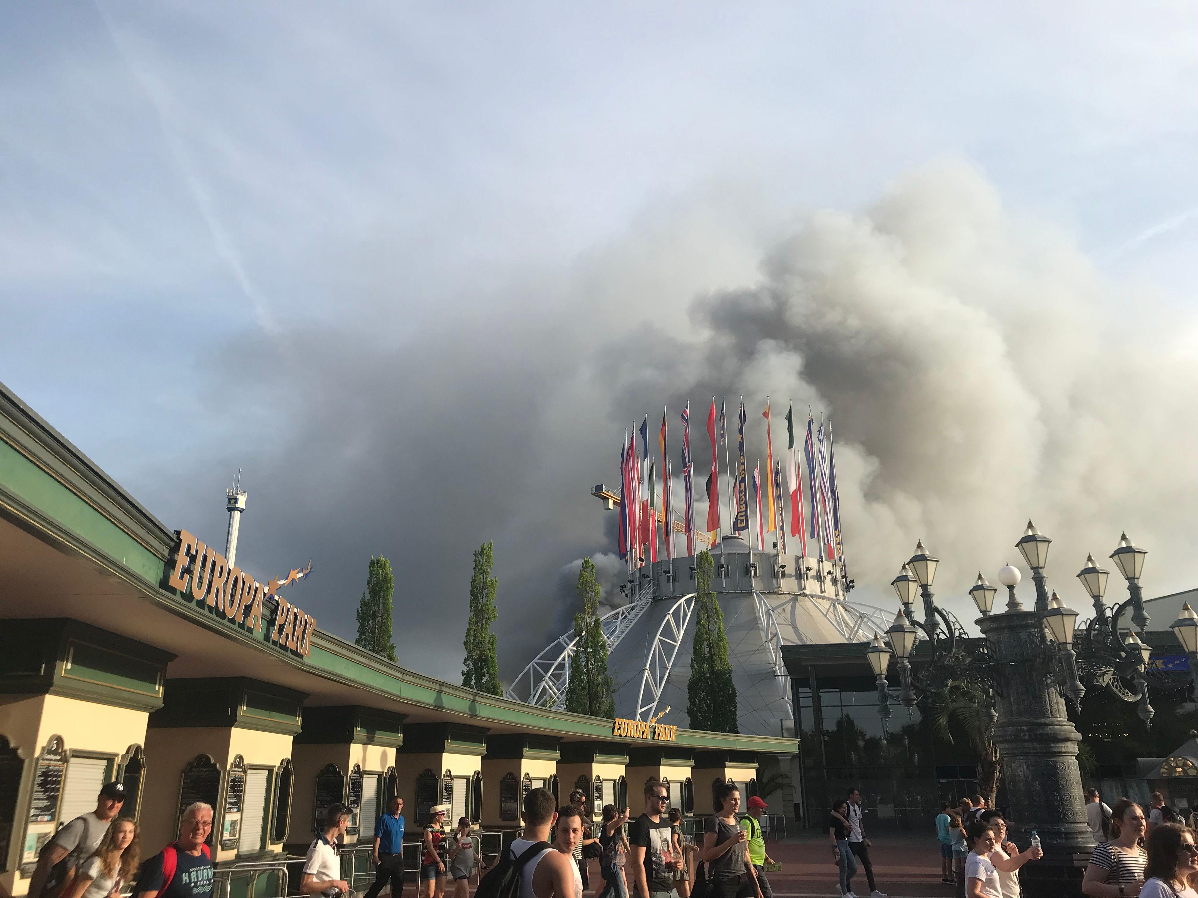 جانب من الحريق الضخم