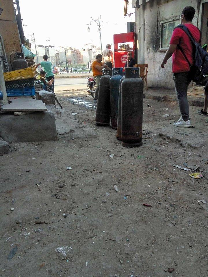 أسطوانات الغاز بمنتصف الطريق