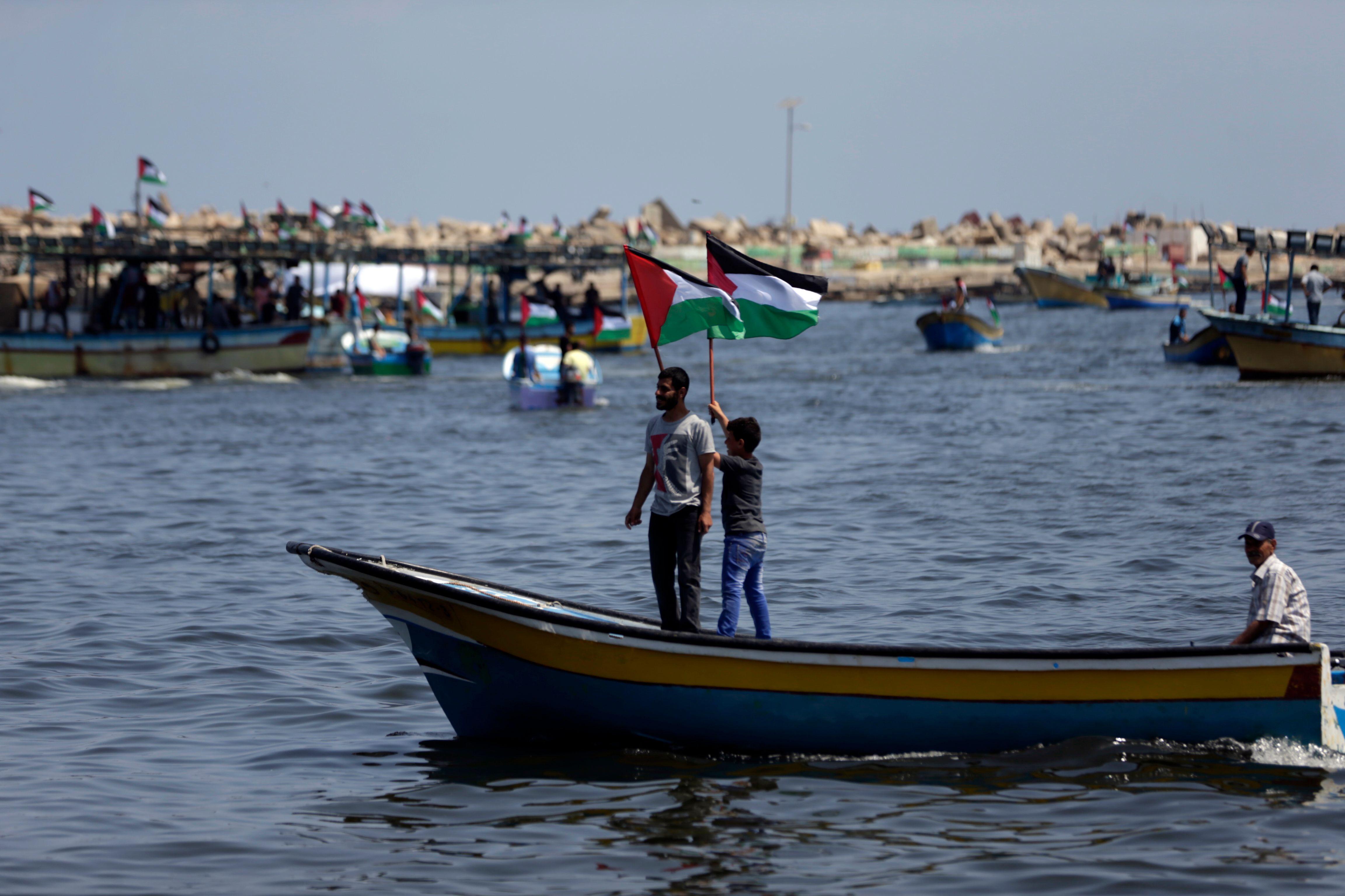 الشبان الفلسطينيون يبحرون إلى أوروبا
