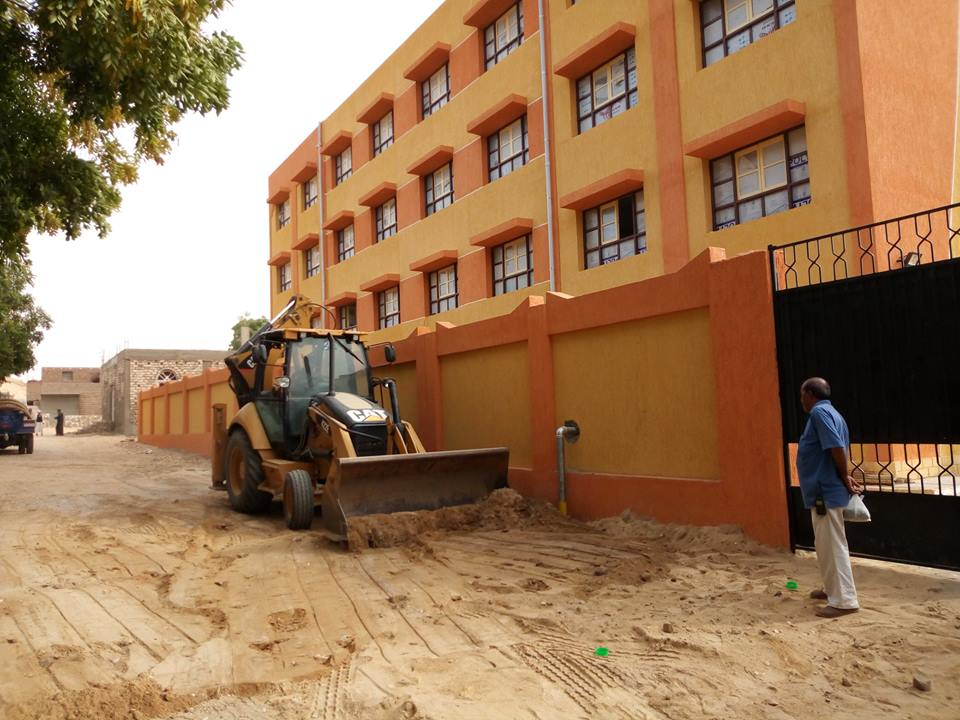 جانب من توصيل المياه لمدرسة الطود الجديدة