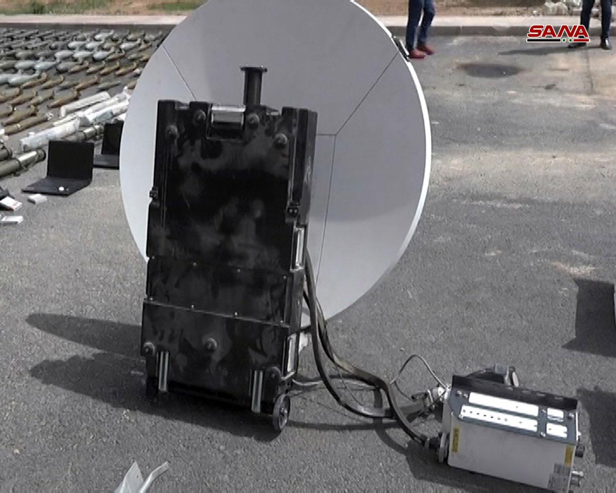 جانب من الأجهزة التابعة لقناة الجزيرة