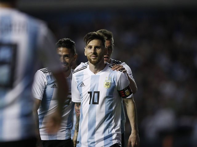 ميسي نجم المنتخب الأرجنتينى