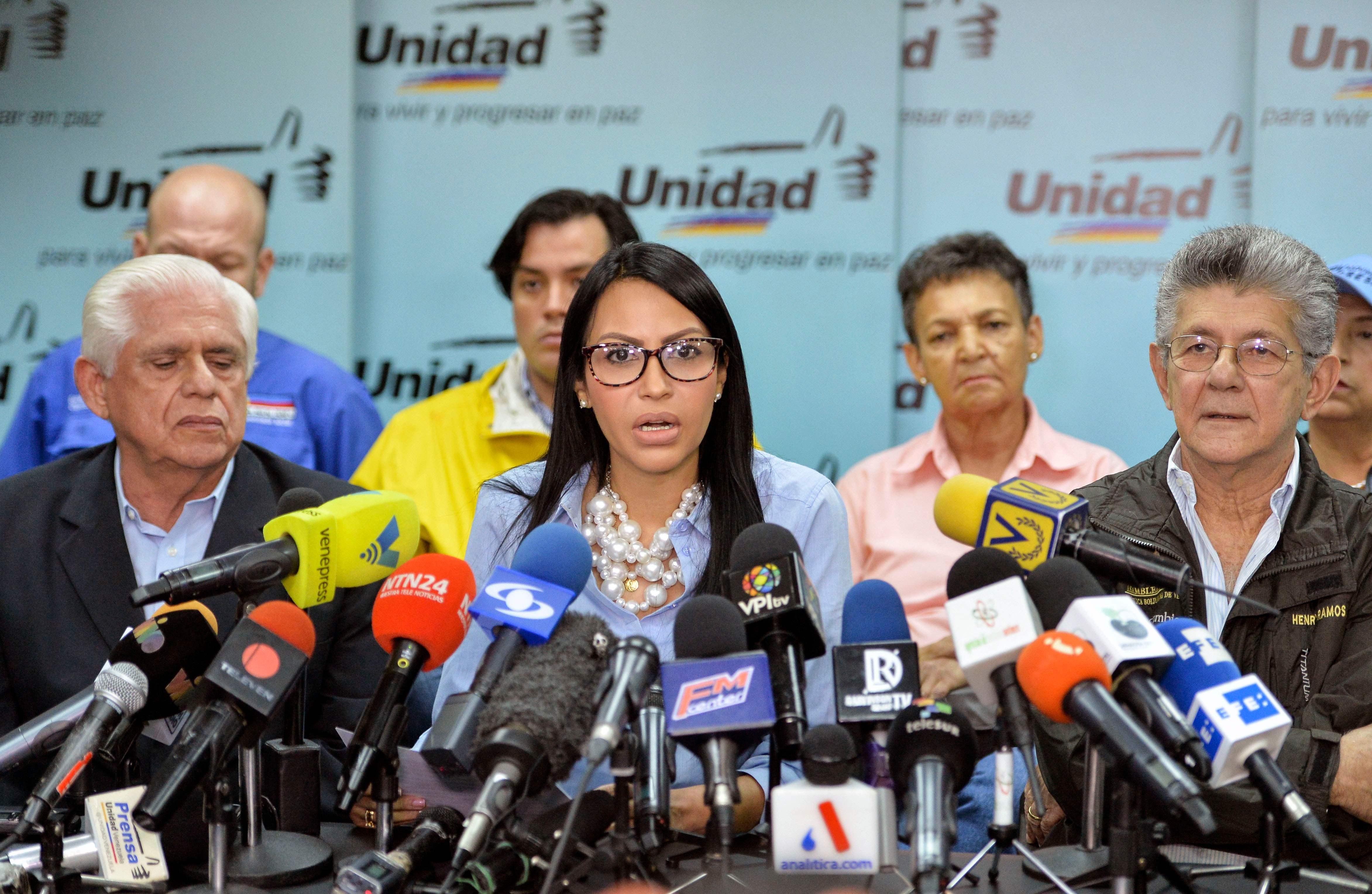 المعارضة الفنزويلية تدعو لمقاطعة الانتخابات