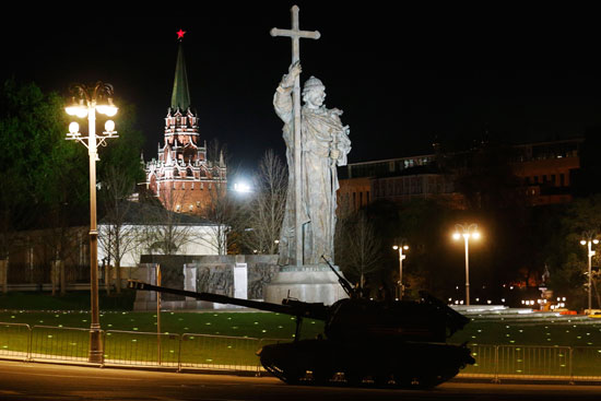 استعراض عسكرى فى روسيا