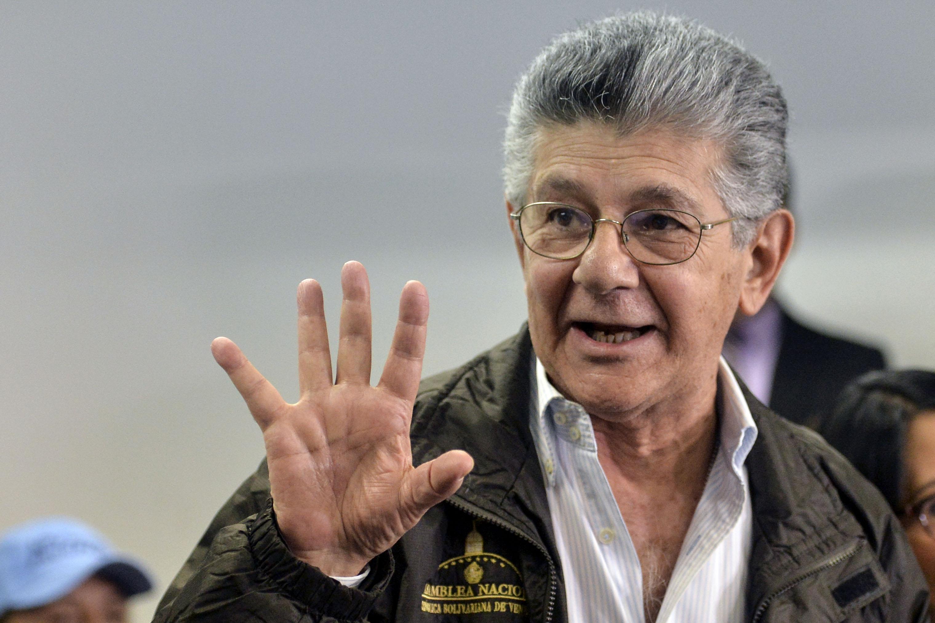 زعيم حركة الوحدة الديمقراطية يتحدث إلى الشعب الفنزويلى