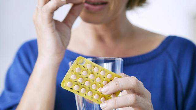 الصداع من اضرار حبوب منع الحمل