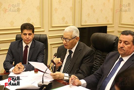 لجنة الإعلام بالبرلمان (1)