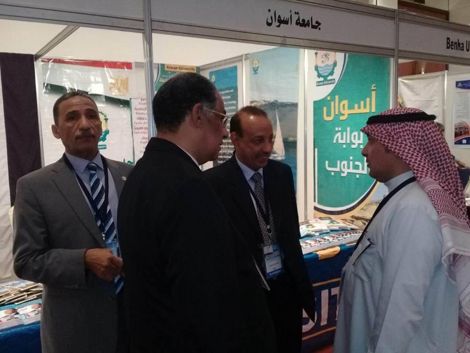 جامعة أسوان تشارك بالمعرض التعليمي بدولة الكويت الشقيق