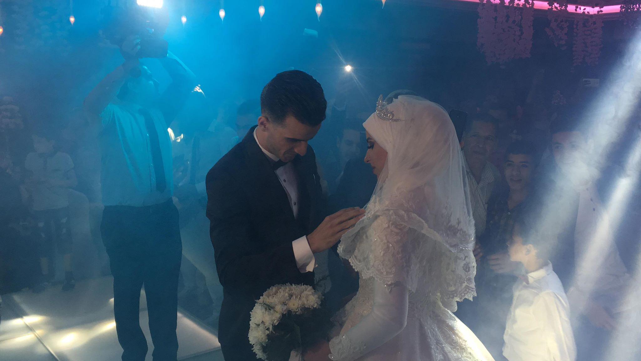 دونجا يحتفل بحفل زفافه (3)