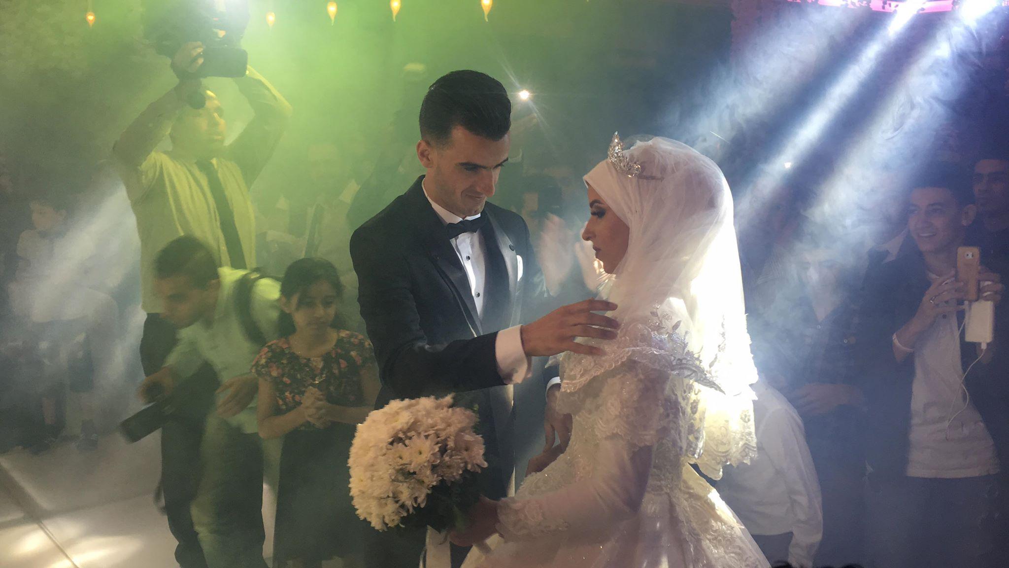 دونجا يحتفل بحفل زفافه (22)