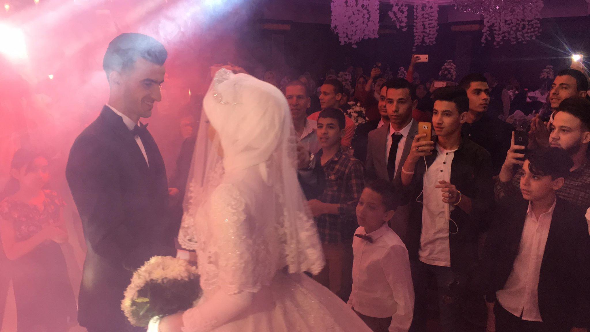 دونجا يحتفل بحفل زفافه (10)