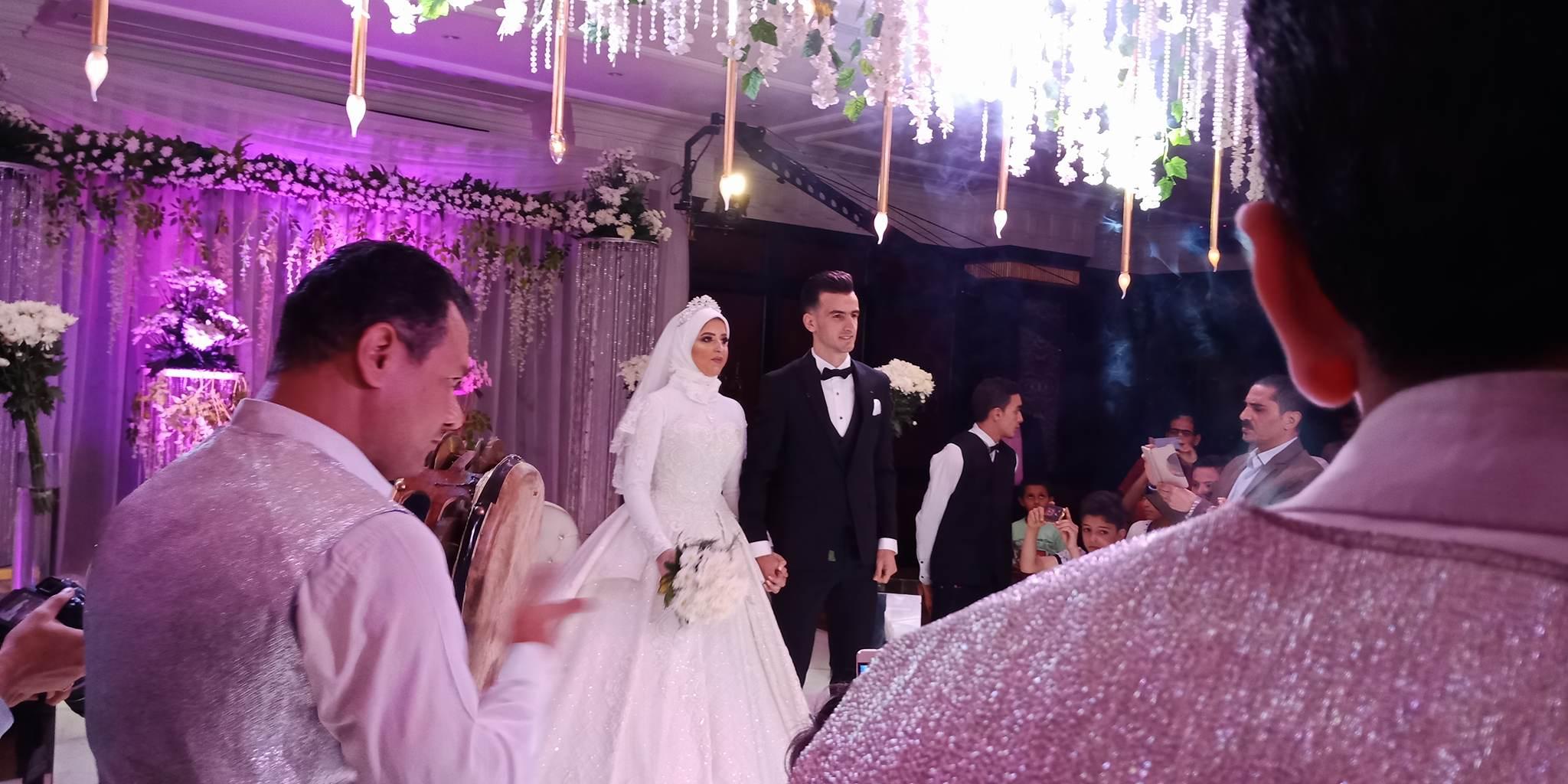 دونجا يحتفل بحفل زفافه (25)