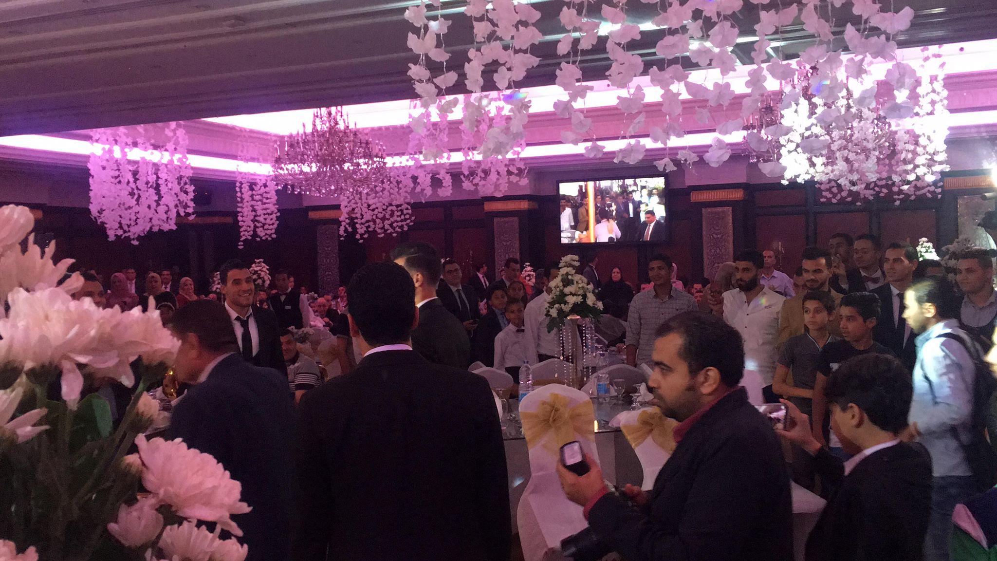 دونجا يحتفل بحفل زفافه (16)