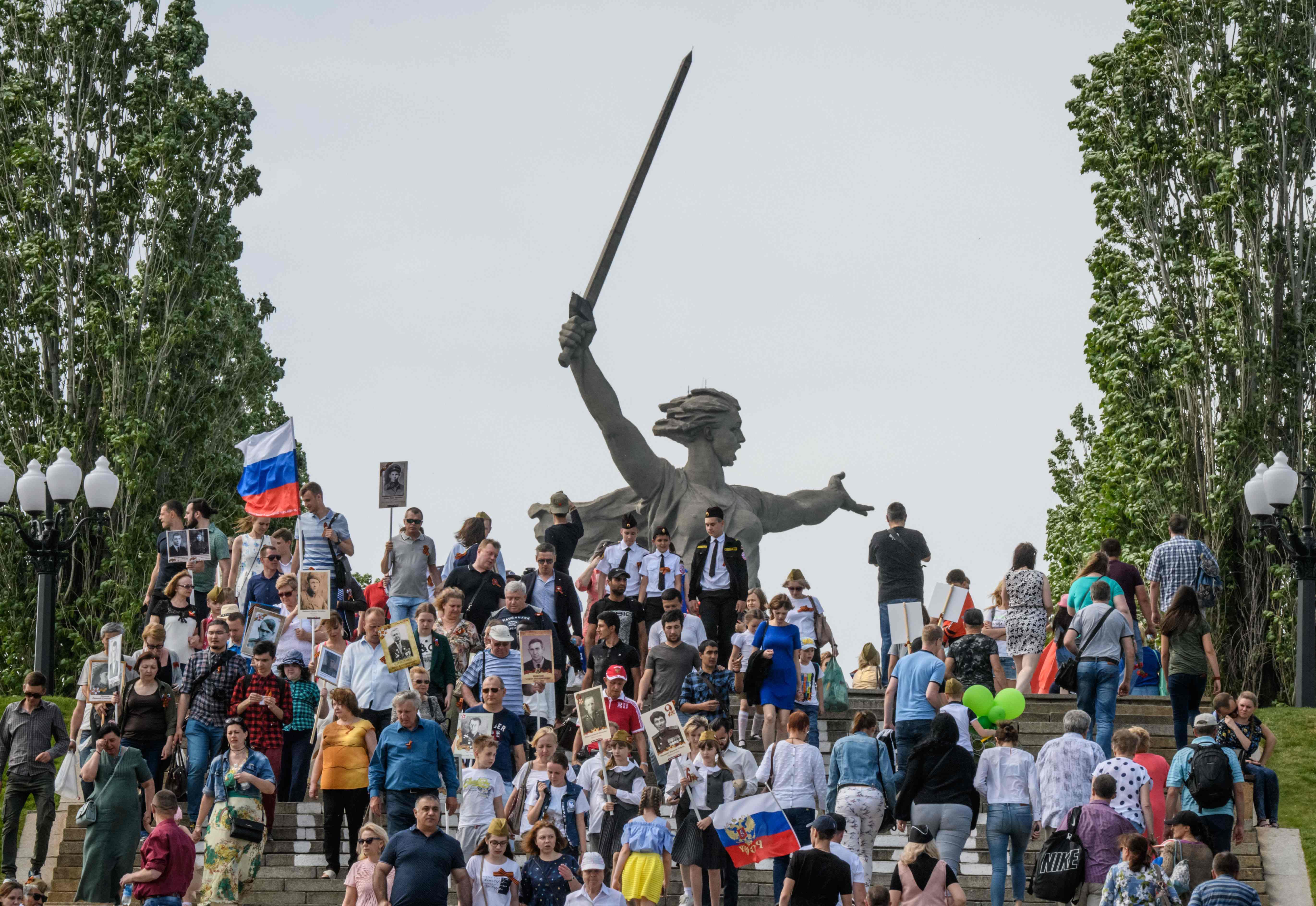 احتفالات فى روسيا
