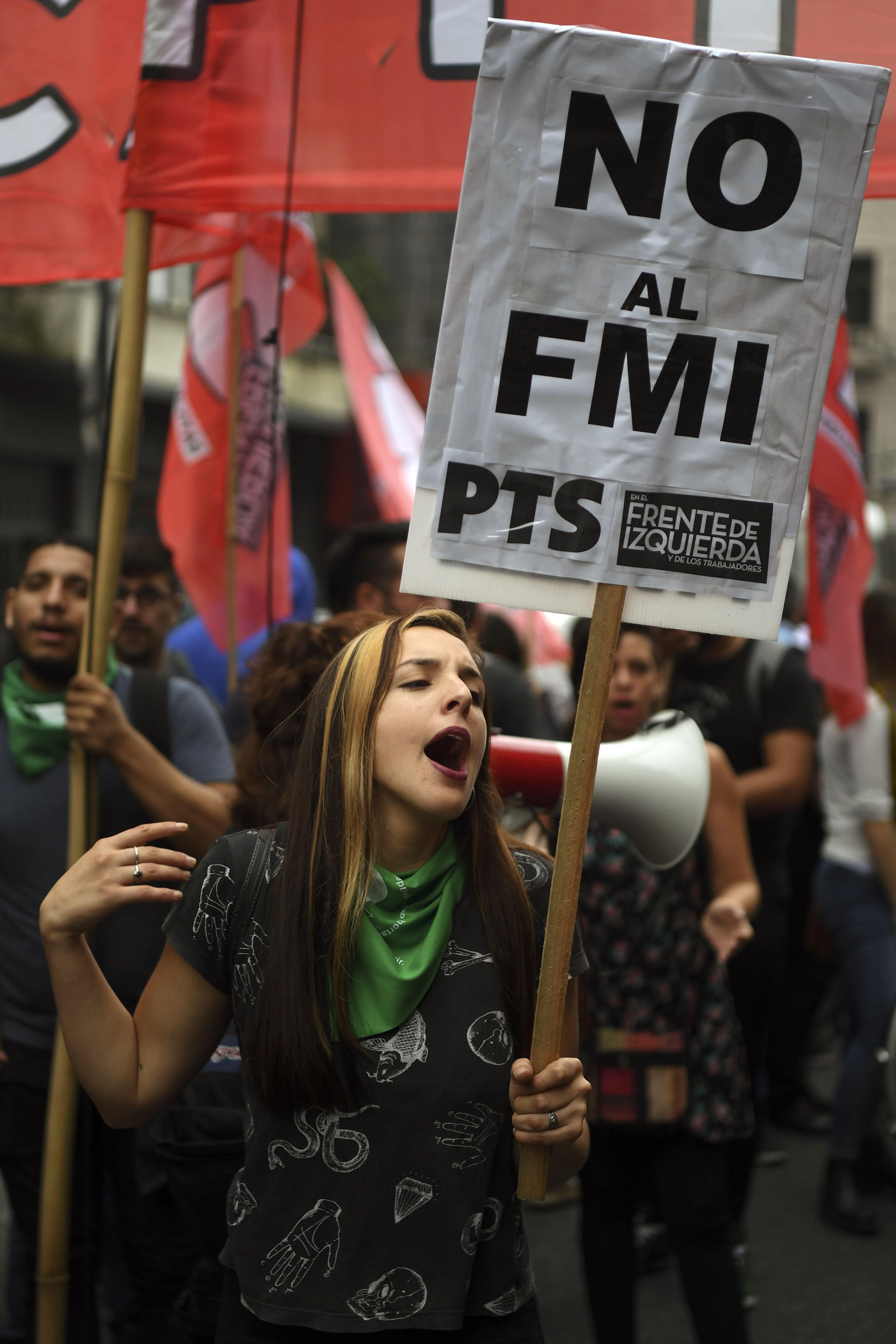 تظاهرات ضد مفاوضات الحكومة مع صندوق النقد