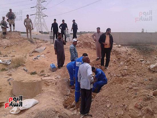 شركة مياه مطروح وقوات الجيش والشرطة يواجهون التعديات