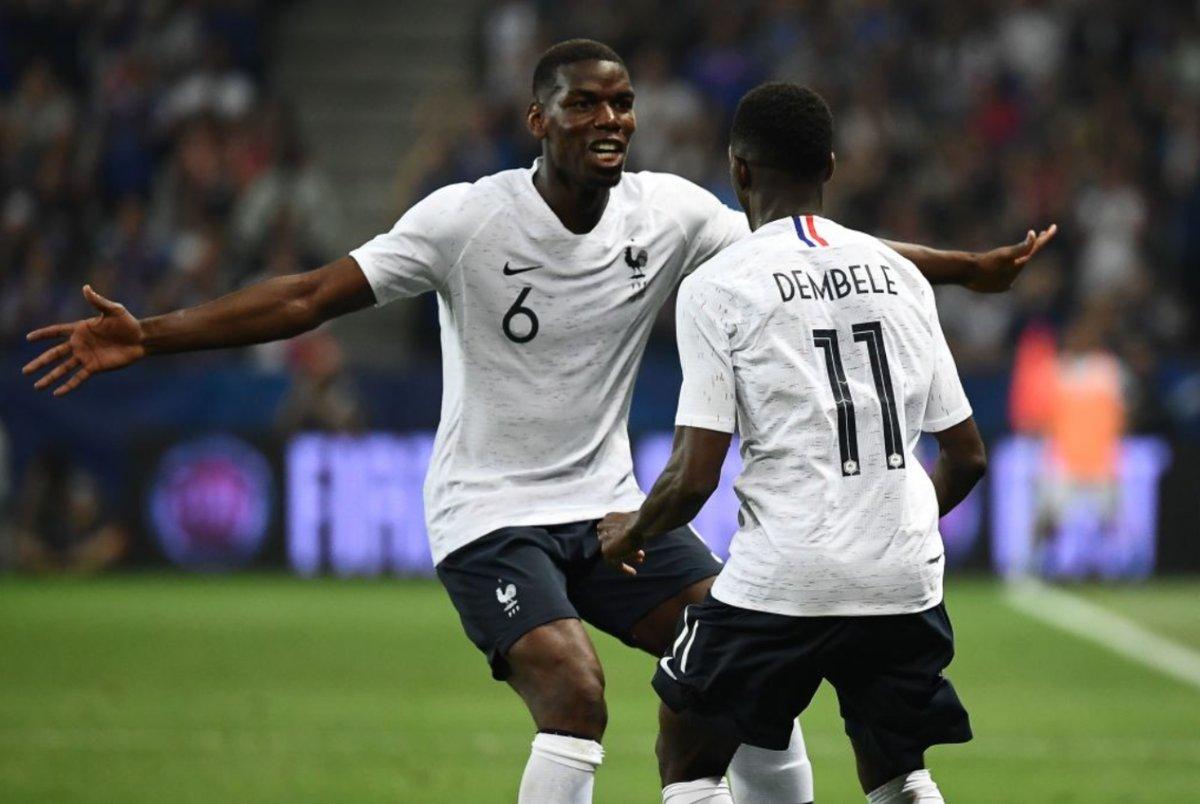 فرحة لاعبا منتخب فرنسا
