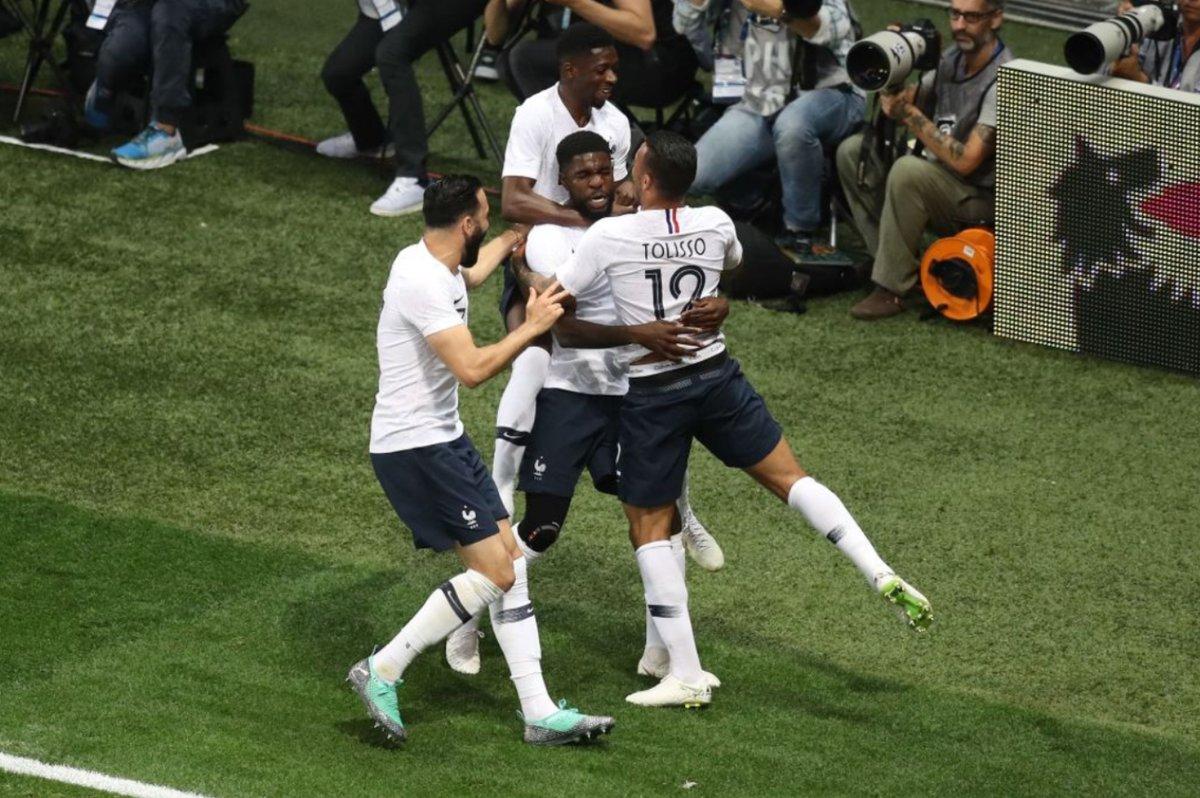 فرحة المنتخب الفرنسي