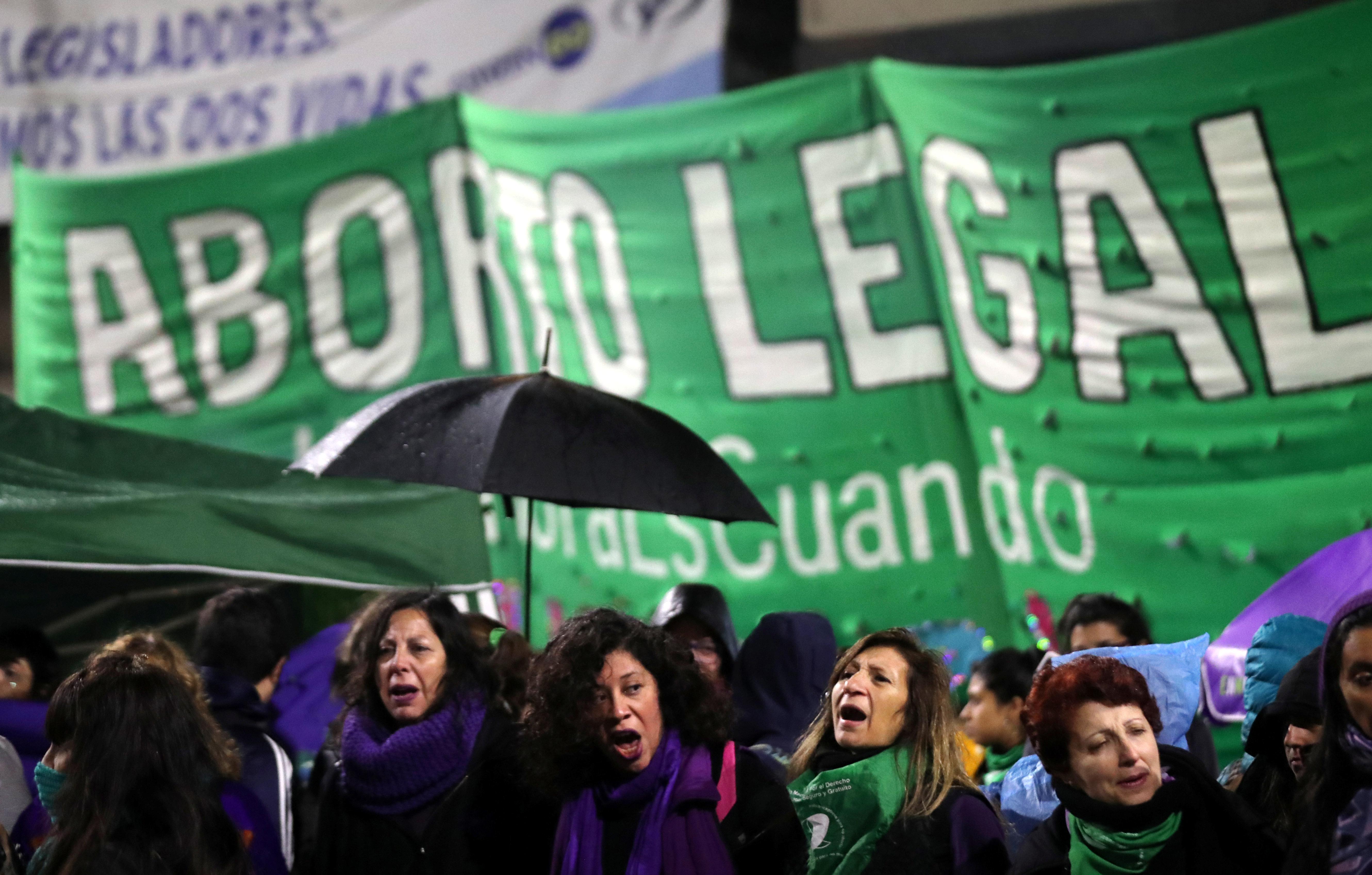 مظاهرات نسائية فى الأرجنتين