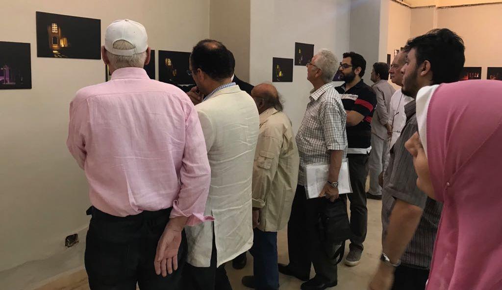 8جانب من الحضور فى معرض الدكتور مصطفى شقوير بفنون جميلة الزمالك (1)